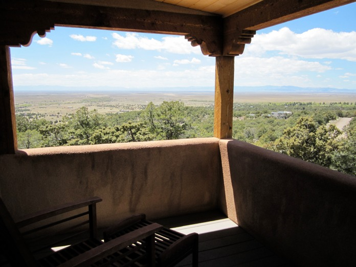 San luis valley vacation retreat rental crestone co - Houses with covered balconies ...